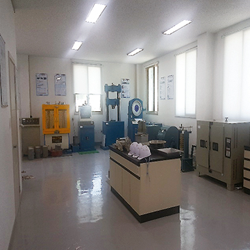 연구실 내부 이미지